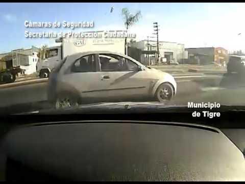 Conductor sin registro detenido por maniobrar peligrosamente