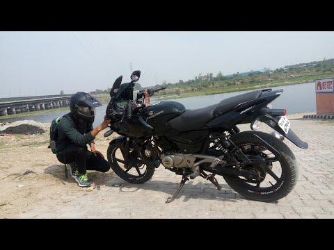 DELHI BOYS CYCLE STUNTS.......