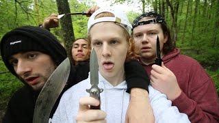 WE GOT KNIVES ON DECK