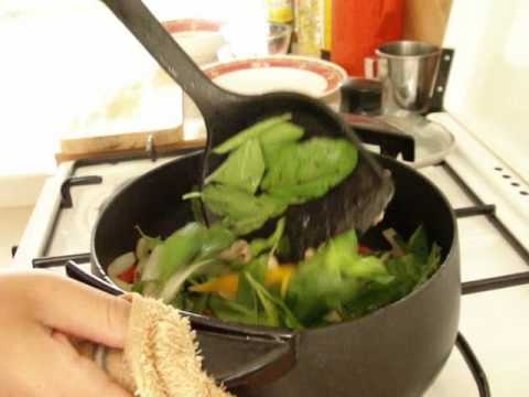 0 Cooking Thai Food: Gaprao neu uh (Stir fried Beef and Basil)