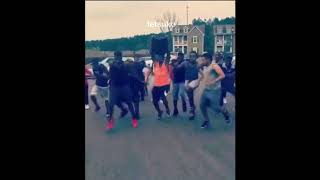 Black people dancing to Anime (ReRe Asian Kung Fu Generation)