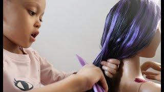ASMR HAIRPLAY! Brushing Barbie's hair