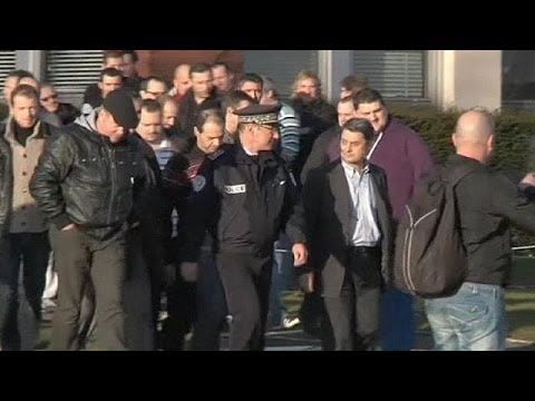French Goodyear plant workers reach redundancy deal after bitter, lengthy dispute - economy