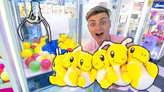 I WON EVERY PRIZE IN CLAW MACHINE!! (ARCADE CHALLENGE)