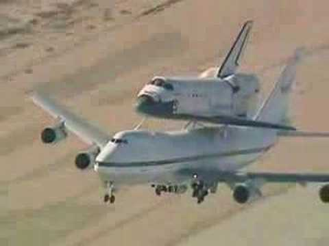 Space shuttle piggyback