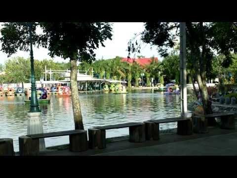 Dream World amusement park Bangkok Thailand