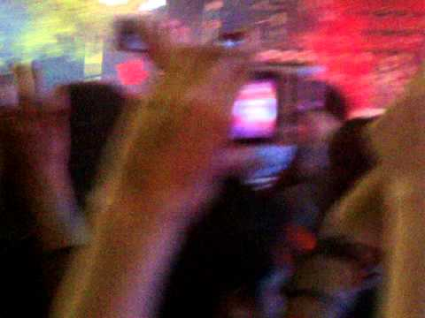 Tokio Hotel En Argentina- Girl Got A Gun Premios 40 América 13 11 14 video
