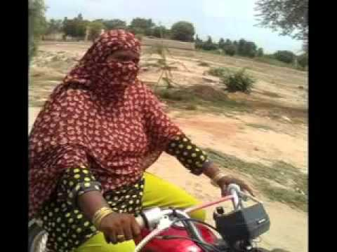 funny video in pakistan 2012.