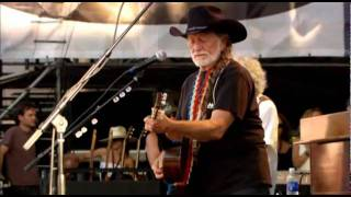 Willie Nelson, Vince Gill, Albert Lee (Blue eyes crying in the rain)