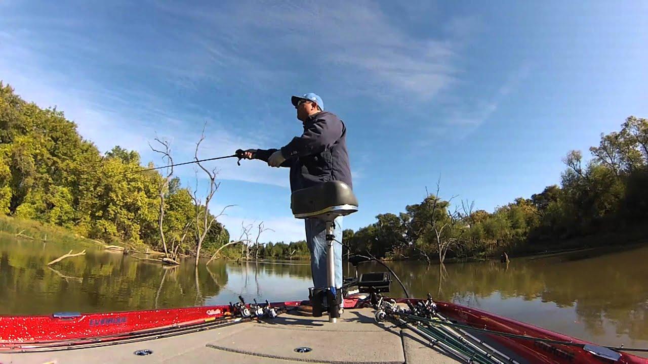Bass fishing cold front bass joe pool lake texas for Joe pool lake fishing report