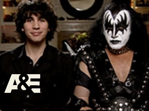 Gene Simmons Family Jewels: The Lost Couches: Gene's Quirks