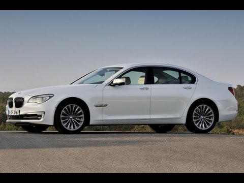 2013 BMW 7 Series (740i) Start Up and Review 3.0 L Inline Turbo 6-Cylinder