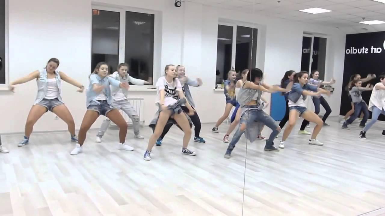 урок современного танца для девушек - YouTube