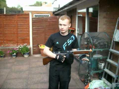 Cybergun Thompson M1a1 Drum Mag Thompson With Drum Mag bb