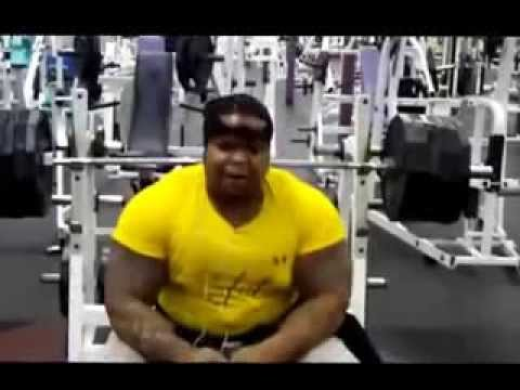 Keven Da Hulk bench press 600lbs no spot Image 1