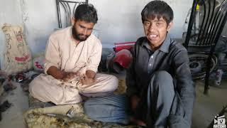 Karachi k charsi   charsi shughal   funny videos