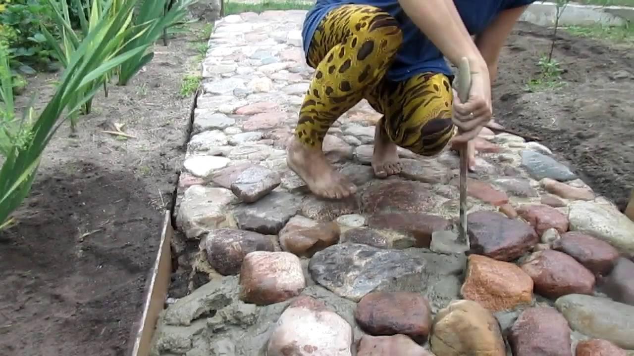 Дорожка из плоских камней своими руками 53