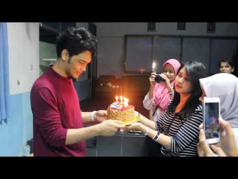 download lagu Surprise Birthday#19  Mikha Angelo The O gratis