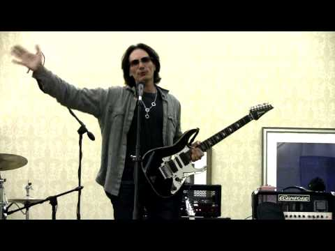 Steve Vai Speaks&Premiers The Floral 2 Jem Guitar @ Jemfest X Part 2