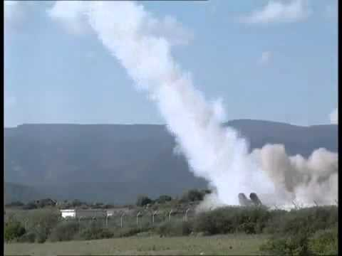 Spada 2000 - A low to medium altitude air defence system consisting of a radar with 60 km range and four 6-cell missile launchers. The Aspide 2000 missile can intercept enemy missiles and aircraft...