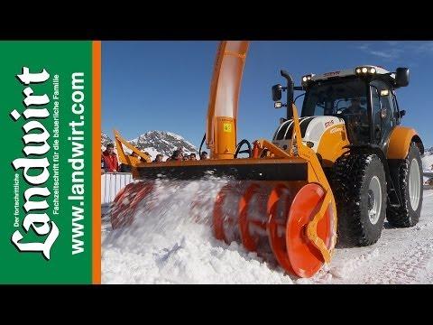 Steyr Traktoren im Winterdienst