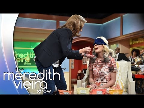 Tori Spelling Blindfolded! - #TheList | The Meredith Vieira Show