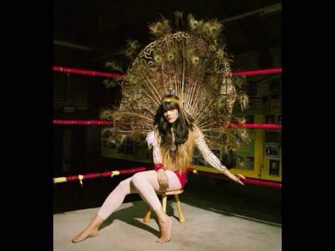 Bat For Lashes - Daniel (HQ)