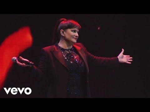 Pimpinela - Nunca Más / Fuera de Mi Vida (En Vivo)