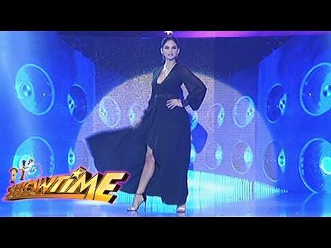 It's Showtime: Pia Wurtzbach's Miss Universe walk
