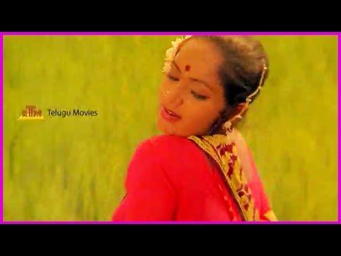 Debbaku Debba - Telugu Movie Superhit Song - Rajinikanth , Silksmitha video