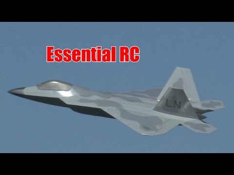 GIANT SCALE RC JET: Lockheed Martin F-22 Raptor