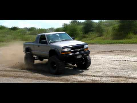 Chevy S10 ZR2 Commercial