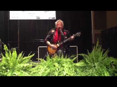 Leslie West from the legendary band Mountain performing live