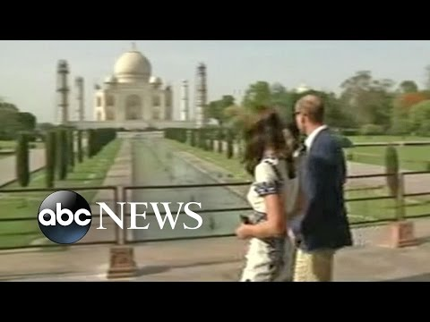Prince William, Kate Middleton Visit Taj Mahal