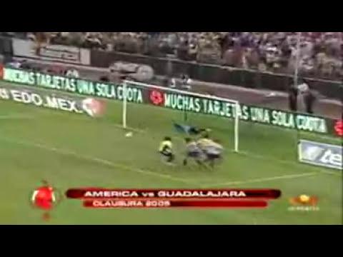 Las mejores atajadas de Guillermo Ochoa