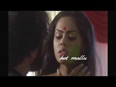 MALAYALAM ACTRESS KARTHIKA NAIR VERY RARE HOT ROMANTIC NAVEL PRESS AND KISSING HER BOY FRIEND thumbnail