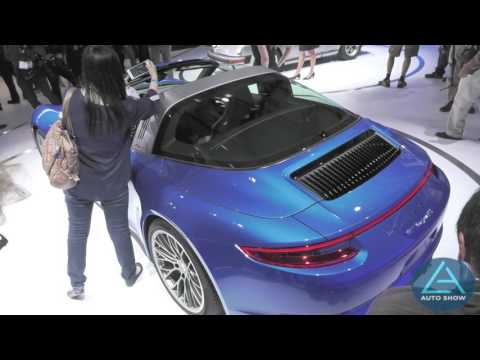 2016 Porsche 911 Targa 4S unveiled at the 2015 LA Auto Show