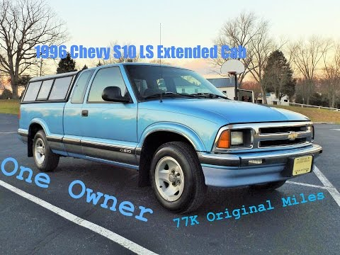 One Owner 1996 Chevy S10 LS Extended Cab Start Up. Review and Full Tour