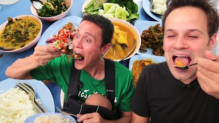Thai Street Food Tour in Bangkok, Thailand | BEST Spicy BURNING Street Food Tour with Mark Wiens!