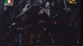 Watch Robbie Nevil Dominoes video