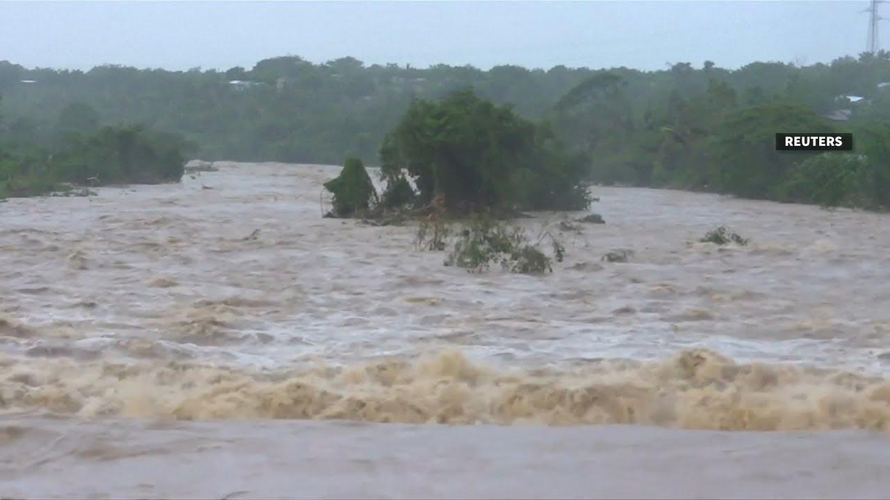 Hurricane Maria barrels through Caribbean
