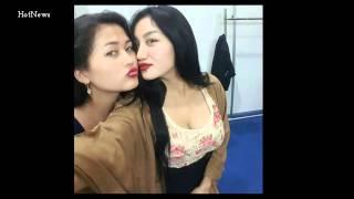 Kissing Hot Duo Serigala