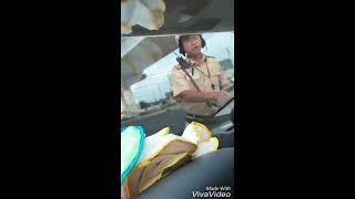 CSGT hối lộ tiền của tài xế được camera ghi lại.//