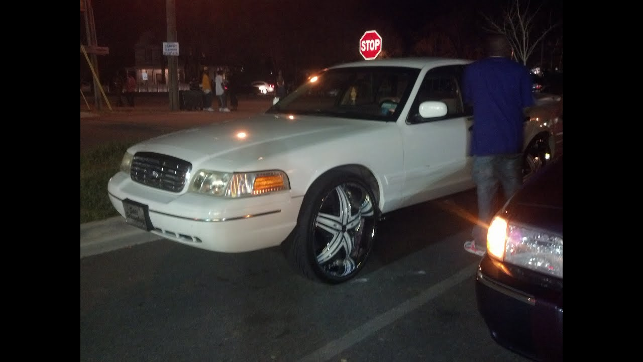 White On White Crown Vic On Diablo 26s And Grand Marquis On 26 Bentchis