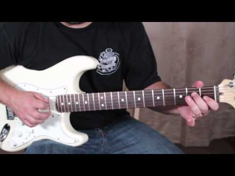 Blues Guitar Lessons - Blues Guitar Licks Lesson fender strat
