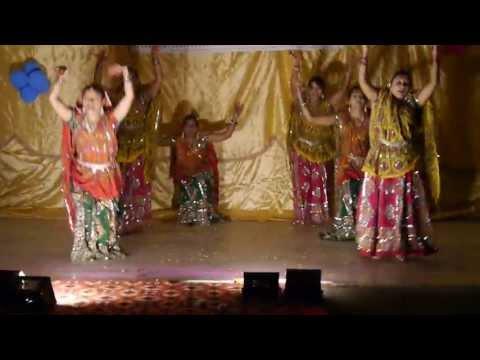 Dholi Taro Dhol Baje Dance ( Garba mix Dandiya)