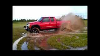 Chevy Z71 Hitting the Mud