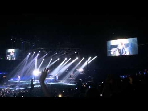 """Demi Lovato """"Let it Go"""" live in Orlando, Florida 09/15/14"""
