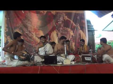 Namasankeerthanam By Trivndrum Vittal Bakth Sang  Thrissur Bhajanotsavam 2013 video