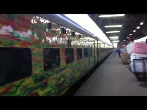 87. Wap-1 Duronto Shatabdi Express And Rajdhani At Chennai Cent video